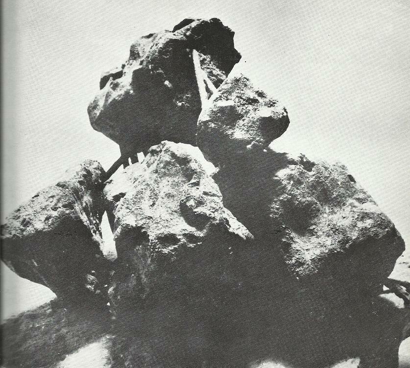 Olga_Jevrić,_Gromade_u_pokretu,_cement_i_gvožđe,_1965